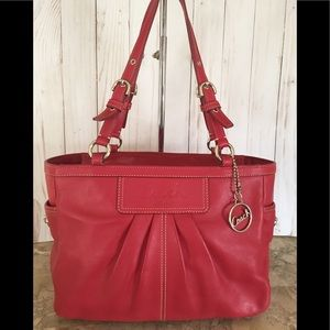 Coach Signature Gallery East West leather Tote Bag